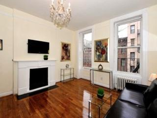 Lovely Midtown West 2 Bedroom - Manhattan vacation rentals