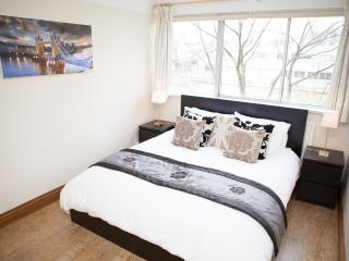 Bayswater / Paddington near Hyde Park & Oxford St - London vacation rentals