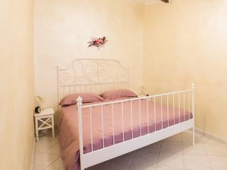 Casa Eleila Tivoli center Apartment near Rome - Tivoli vacation rentals