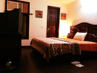 home like rooms@ low price ... - National Capital Territory of Delhi vacation rentals