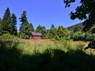 New & Stylish, Hidden Country Home on 5 Acres: Open Fields, Redwoods & Sauna - Trinidad vacation rentals