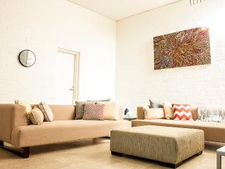 York St - A LUXICO HOLIDAY HOME - Victoria vacation rentals