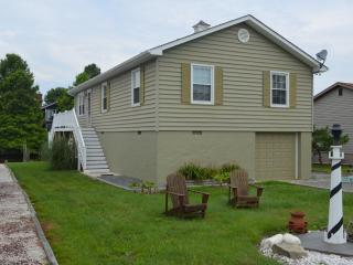 Rent This New Renovated Waterfront Charming House - Ocean Pines vacation rentals