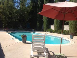 Woodland West 4+ 3 Ranch Home with Pool Fun! - Calabasas vacation rentals