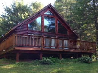 A Four Season Log Cabin Chalet with hot tub! - Bethel vacation rentals