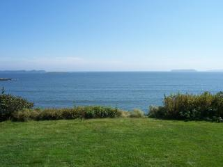 Oceanfront Cottage with Spectacular Views - DownEast and Acadia Maine vacation rentals