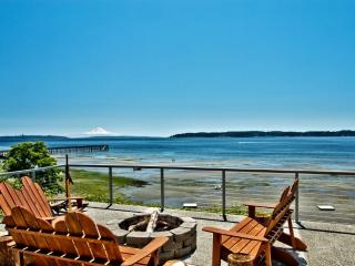 3 Story Waterfront Beach House - Indianola vacation rentals