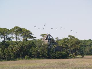 Pyramid Pointe - Surrounded by the ocean - Edisto Island vacation rentals