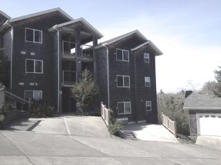 NEW FABULOUS LUXURY CONDO WITH AMAZING OCEAN VIEW - Southern Washington Coast vacation rentals