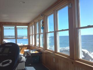 BEACON INN - OCEANFRONT, UNOBSTRUCTED VIEWS - Southern Coast vacation rentals