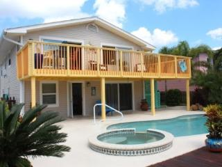 Exceptional Waterfront Pier Area Getaway -  Pelicans Perch - Fort Myers Beach vacation rentals