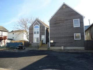 Newly Remodeled Townehouse 11/4 Away from Ocean! - Seaside Heights vacation rentals