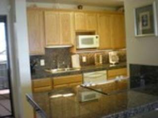 full kitchen w/washer & dryer - Mike and Jeanette Whalen