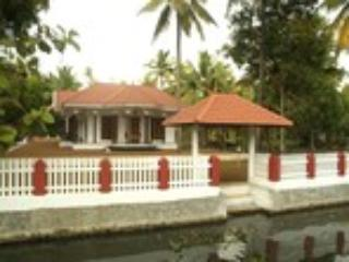 Coconut creek kerala homestays in kumarakom - ullas babu