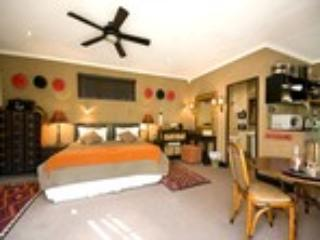 Out of Africa Guest Room - Forest Hall Guest House