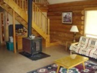 Wells Gray Gateway Guesthouse & River Chalet - Image