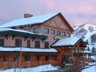 Mountain Resorts conveniently located check-in facility - Mountain Resorts