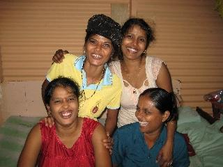 4 Sisters in our Caretaker family - SigaSiga Sands Cottages