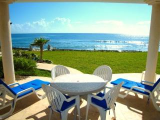 Ideal spot for breakfast, lunch, or even a candlelight dinner! - Akumal Direct Reservations