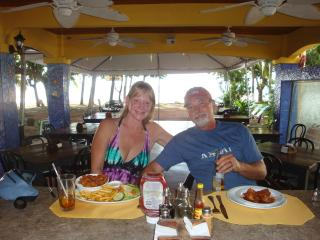 On honeymoon in Costa Rica - Mike and Julie