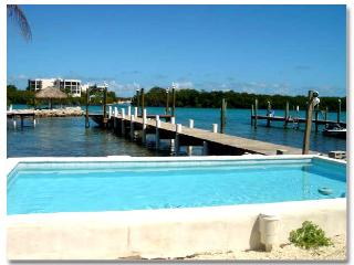 Bring the family and friends to the tropical Florida Keys to swim, fish, and relax - RentMyIsland