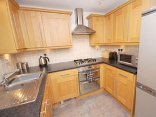 Square One apartment -  Tricia and Jan, Edinburgh Self Catering