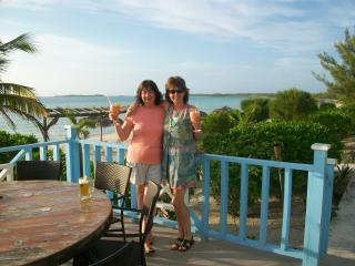 Cocktails in the Bahamas with my sister - Linda Thibault