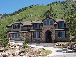 Exclusive mountain-side estates you can not find anywhere else - Utah's Best Vacation Rentals