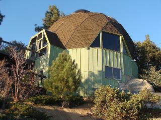 The Geodesic Dome Home, Idyllwild, CA - New Spirit Vacation Homes