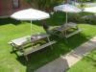 Picnic area - Harvard Apartments