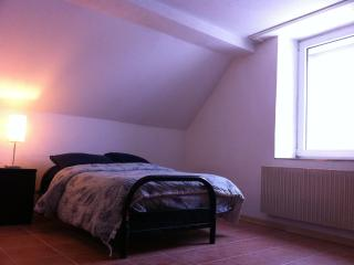 Bed room - Kaiserslautern Short Stay Apartment
