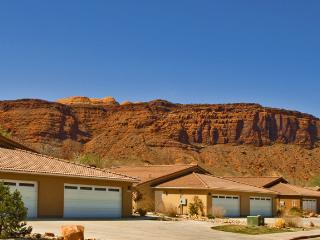 Cottonwood Townhomes - Accommodations Unlimited of Moab