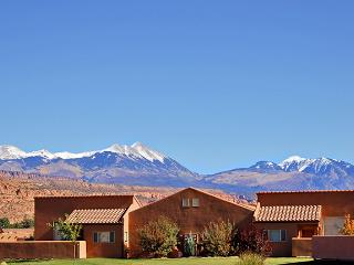 Rim Village Townhomes - Accommodations Unlimited of Moab