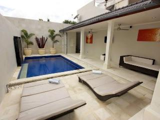 Regency B10 Four Bedroom Villa - Bali Villas