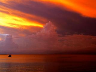 Extraordinary sunsets from the Carribean's best dive bar, Al's Mar Azul! - Lucy B.
