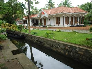 Coconut creek kumarakom homestays in kerala - ullas babu