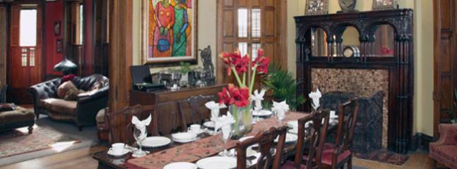 Dining Room Table - Welcome Inn Manor B&B on Michigan Avenue