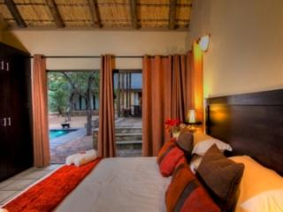 Warthog Rest Double Bedroom - Warthog Rest Private Lodge