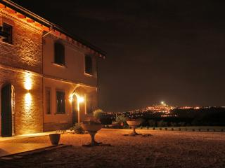 Night view Ca' Nick - Fermo - Brigitte Liebchen