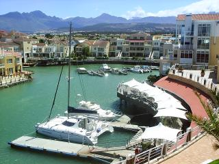 Harbour Island waterfront situated opposite Mountain Bay - Brenda J