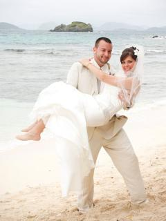 DAUGHTERS BEAUTIFUL WEDDING ON SAPPHIRE BEACH - Carole Norrell