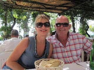That's us having lunch by the Lake at Casina Bianca - Dianne Zoe