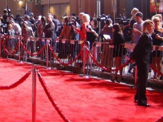 See the Stars on the Red Carpet! Premieres Happening All the Time! Check Our Facebook 'bedandbay'! - Bed and Bay Residence Inn