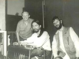 Johnny Drake, son of legendary Steel Guitar player Pete Drake shown in photo with George & Ringo - Robyn Taylor-Drake