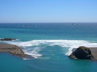 The mouth of the Russian River at Jenner CA on the Sonoma Coast - Jenner Vacation Rentals