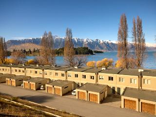 EsplanadeQueenstown.com Apartments - managed by Staysouth.com - Staysouth.com Reservations