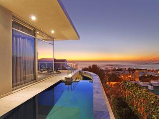 Tasteful Tranquility:Heated pool,walk to beach - Western Cape vacation rentals