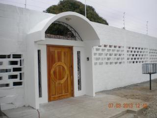 Escape to a secluded beach and relax....... - Santa Elena Province vacation rentals