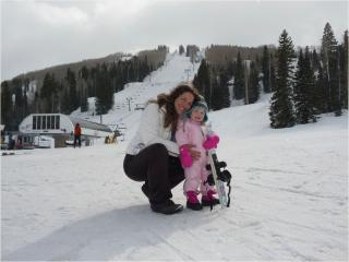 The Greatest gift, and her first day on skis! - Sunshine & Cody