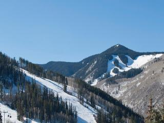 slope view from townhome - mountain properties real estate & property mgmt